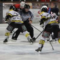 12-01-2014_allgau-derby_eishockey_indians_ecdc-memmingen_erc-sonthofen_niederlage_poeppel_new-facts-eu20140112_0012