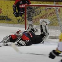12-01-2014_allgau-derby_eishockey_indians_ecdc-memmingen_erc-sonthofen_niederlage_poeppel_new-facts-eu20140112_0024