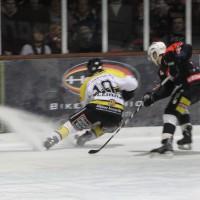 12-01-2014_allgau-derby_eishockey_indians_ecdc-memmingen_erc-sonthofen_niederlage_poeppel_new-facts-eu20140112_0027