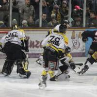12-01-2014_allgau-derby_eishockey_indians_ecdc-memmingen_erc-sonthofen_niederlage_poeppel_new-facts-eu20140112_0071