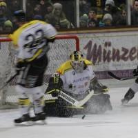 12-01-2014_allgau-derby_eishockey_indians_ecdc-memmingen_erc-sonthofen_niederlage_poeppel_new-facts-eu20140112_0085