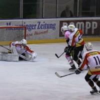 13-10-2013_eishockey_memmingen_ecdc_indians_piessenberg_fuchs_new-facts-eu20131013_0017