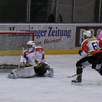 13-10-2013_eishockey_memmingen_ecdc_indians_piessenberg_fuchs_new-facts-eu20131013_0112