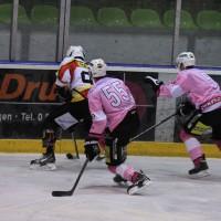 13-10-2013_eishockey_memmingen_ecdc_indians_piessenberg_fuchs_new-facts-eu20131013_0117