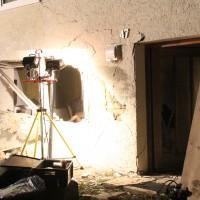 Rheinstetten - Pkw kommt durchs Wohnzimmerfenster - Fahrer tot, zwei Verletzte
