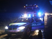 15-04-2014_a96_erkheim_unfall_ueberschlag_schneeglaette_graupel_feuerwehr_poeppel_new-facts-eu0009