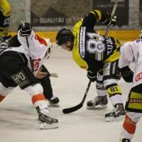 16-03-2014_eishockey_ecdc-memmingen_indians_erc-sonthofen_poeppel_new-facts-eu20140316_0158