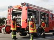A7-Bad Grönenbach - Lkw kommt von Fahrbahn ab und stürzt Böschung hinab - Fahrer mittelschwer verletzt
