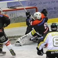 17-09-2013_ecdc-memmingen_indians_ev-fussen_vorbereitungsspiel_eishockey_poeppel_new-facts-eu20130917_0126