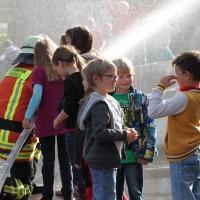 18-10-2013_biberach_hürbel_grundschule_brandschutz_feuerwehr-gutenzell_poeppel_new-facts-eu20131018_0061