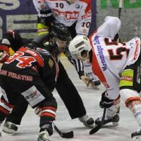 22-11-2013_eishockey_memmingen_indians_ecdc_buchloe-pirates_poeppel_new-facts-eu20131122_0091