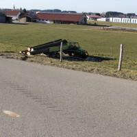 25-02-2015_unterallgaeu_legau_traktor-unfall_grolll_new-facts-eu20140225_0006