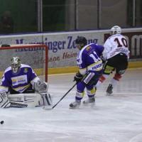 29-11-2013_ecdc-memmingen_eishockey_indians_ehc-waldkraigburg_bel_fuchs_new-facts-eu20131129_0002