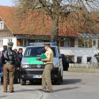 31-03-2014_oberallgaeu_haldenwang_bankueberfall_fahndung_spurensicherung_polizei_poeppel_groll_new-facts-eu20140331_0013