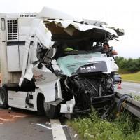 30-06-2014-bab-a96-leutkirch-unfall-lkw-sperrung-feuerwehr-sicherungsanhaenger-groll-new-facts-eu (2)