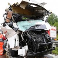 30-06-2014-bab-a96-leutkirch-unfall-lkw-sperrung-feuerwehr-sicherungsanhaenger-groll-new-facts-eu (42)