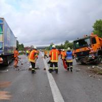30-06-2014-bab-a96-leutkirch-unfall-lkw-sperrung-feuerwehr-sicherungsanhaenger-groll-new-facts-eu (8)