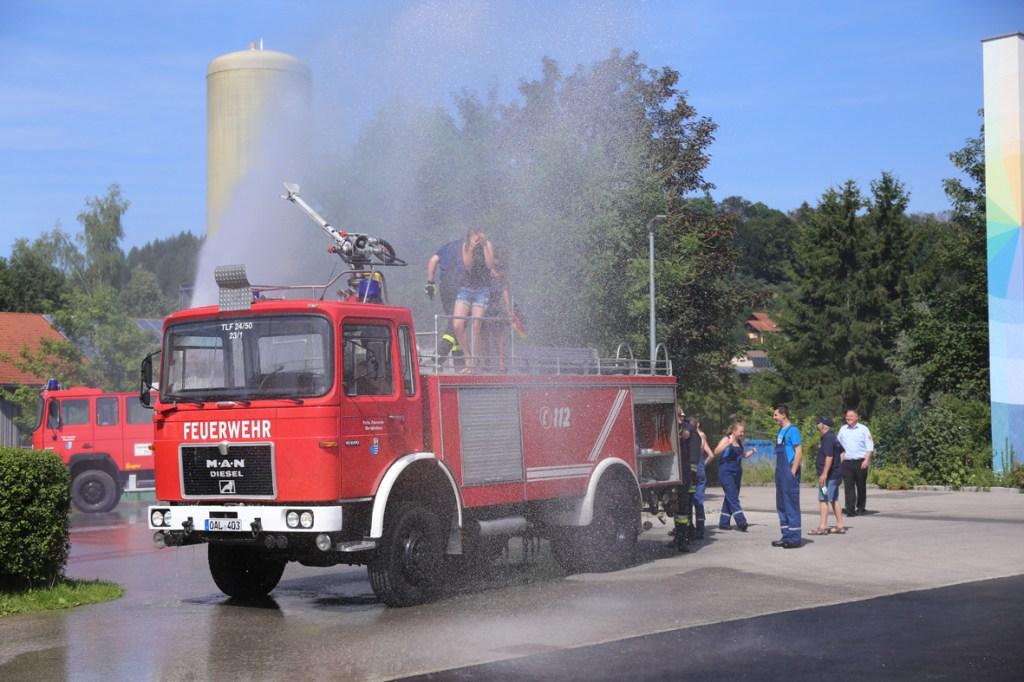 19-07-2014-ostallgaeu-oberguenzburg-jugendfeuerwehr-freunde-neugruendung-vorfuehrung-bringezu-new-facts-eu20140719_0045