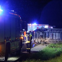 26-08-2014-a96-mindelheim-stetten-unfall-transporter-regen-pkw-feuerwehr-poeppel-new-facts-eu (2)