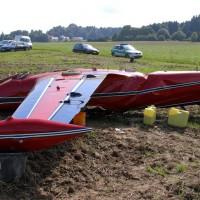 06-09-2014-neu-ulm-osterberg-flugzeugabsturz-piloten-luftunfall-polizei-feeurwehr-wis-new-facts-eu (12)