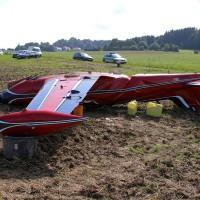 06-09-2014-neu-ulm-osterberg-flugzeugabsturz-piloten-luftunfall-polizei-feeurwehr-wis-new-facts-eu (2)
