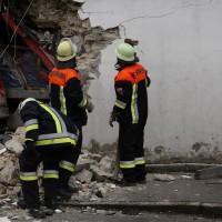 02.12.2014 LKW-in-Haus-Totalschaden-Fahrer-tot-Feuerwehr-Polizei- Rettungsdienst-Halblech-Vollsperrung-Bringezu-New-facts (11)