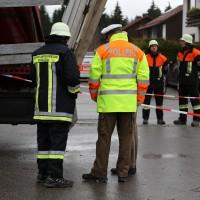 02.12.2014 LKW-in-Haus-Totalschaden-Fahrer-tot-Feuerwehr-Polizei- Rettungsdienst-Halblech-Vollsperrung-Bringezu-New-facts (32)