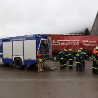 02.12.2014 LKW-in-Haus-Totalschaden-Fahrer-tot-Feuerwehr-Polizei- Rettungsdienst-Halblech-Vollsperrung-Bringezu-New-facts (48)