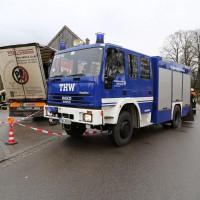 02.12.2014 LKW-in-Haus-Totalschaden-Fahrer-tot-Feuerwehr-Polizei- Rettungsdienst-Halblech-Vollsperrung-Bringezu-New-facts (56)