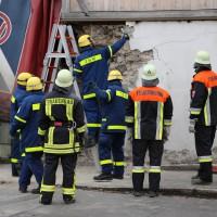 02.12.2014 LKW-in-Haus-Totalschaden-Fahrer-tot-Feuerwehr-Polizei- Rettungsdienst-Halblech-Vollsperrung-Bringezu-New-facts (79)
