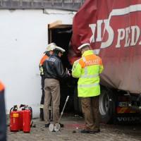 02.12.2014 LKW-in-Haus-Totalschaden-Fahrer-tot-Feuerwehr-Polizei- Rettungsdienst-Halblech-Vollsperrung-Bringezu-New-facts-Unfall (17)