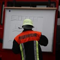 02.12.2014 LKW-in-Haus-Totalschaden-Fahrer-tot-Feuerwehr-Polizei- Rettungsdienst-Halblech-Vollsperrung-Bringezu-New-facts-Unfall (29)