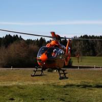 12.12.2014-Geisenried-B16-B12-Unfall-Totalschaden-Vollsperrung-schwer-verletzt-Rettungshubschrauber-Polizei-Rettungsdienst-Bringezu-New-facts (37)
