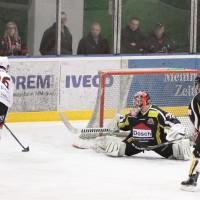 11-01-15_memmingen_eishockey_indians_ecdc_germaringen_new-facts-eu0053