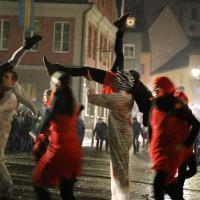 17-01-15_Memmingen_Fasnet_Fasching_Nachtumzug_Stadtbachhexen_Poeppel_new-facts-eu0194
