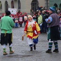 18-01-15_Memmingen_Narrensprung_Fasnet_Fasching_Nachtumzug_Stadtbachhexen_Poeppel_new-facts-eu0003