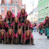 18-01-15_Memmingen_Narrensprung_Fasnet_Fasching_Nachtumzug_Stadtbachhexen_Poeppel_new-facts-eu0033