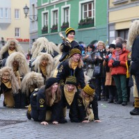 18-01-15_Memmingen_Narrensprung_Fasnet_Fasching_Nachtumzug_Stadtbachhexen_Poeppel_new-facts-eu0046