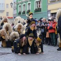 18-01-15_Memmingen_Narrensprung_Fasnet_Fasching_Nachtumzug_Stadtbachhexen_Poeppel_new-facts-eu0046