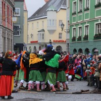 18-01-15_Memmingen_Narrensprung_Fasnet_Fasching_Nachtumzug_Stadtbachhexen_Poeppel_new-facts-eu0073