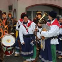 18-01-15_Memmingen_Narrensprung_Fasnet_Fasching_Nachtumzug_Stadtbachhexen_Poeppel_new-facts-eu0083