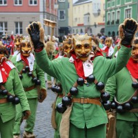18-01-15_Memmingen_Narrensprung_Fasnet_Fasching_Nachtumzug_Stadtbachhexen_Poeppel_new-facts-eu0156