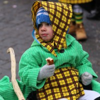 18-01-15_Memmingen_Narrensprung_Fasnet_Fasching_Nachtumzug_Stadtbachhexen_Poeppel_new-facts-eu0214