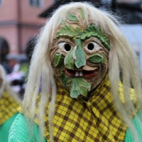 18-01-15_Memmingen_Narrensprung_Fasnet_Fasching_Nachtumzug_Stadtbachhexen_Poeppel_new-facts-eu0215