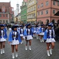 18-01-15_Memmingen_Narrensprung_Fasnet_Fasching_Nachtumzug_Stadtbachhexen_Poeppel_new-facts-eu0262