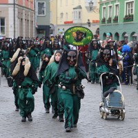 18-01-15_Memmingen_Narrensprung_Fasnet_Fasching_Nachtumzug_Stadtbachhexen_Poeppel_new-facts-eu0360