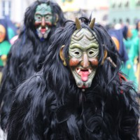 18-01-15_Memmingen_Narrensprung_Fasnet_Fasching_Nachtumzug_Stadtbachhexen_Poeppel_new-facts-eu0378