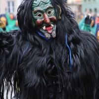 18-01-15_Memmingen_Narrensprung_Fasnet_Fasching_Nachtumzug_Stadtbachhexen_Poeppel_new-facts-eu0379