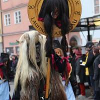 18-01-15_Memmingen_Narrensprung_Fasnet_Fasching_Nachtumzug_Stadtbachhexen_Poeppel_new-facts-eu0469