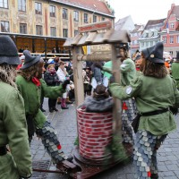 18-01-15_Memmingen_Narrensprung_Fasnet_Fasching_Nachtumzug_Stadtbachhexen_Poeppel_new-facts-eu0484